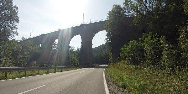 Viadukt vor Obersinn.