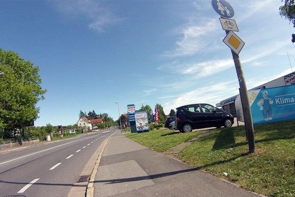 In Coburg wird der Radverkehr, von Beiersdorf kommend, …